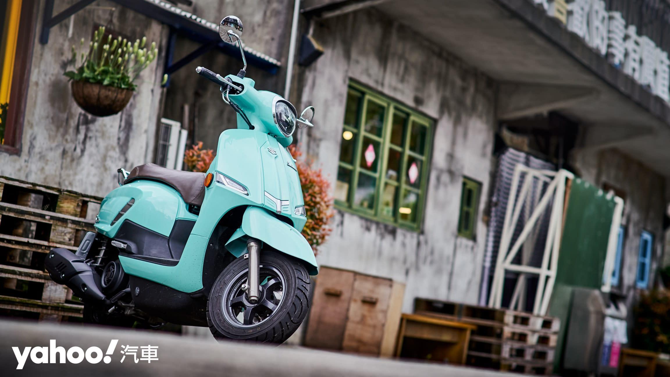 追求絕對的唯美系風格!2020 Suzuki Saluto復古風試駕評測! - 20