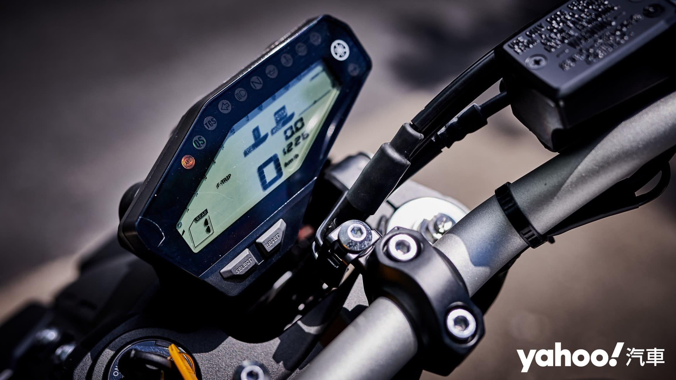 為「扭力」而生的大師風範!Yamaha MT-09老城郊試駕! - 11