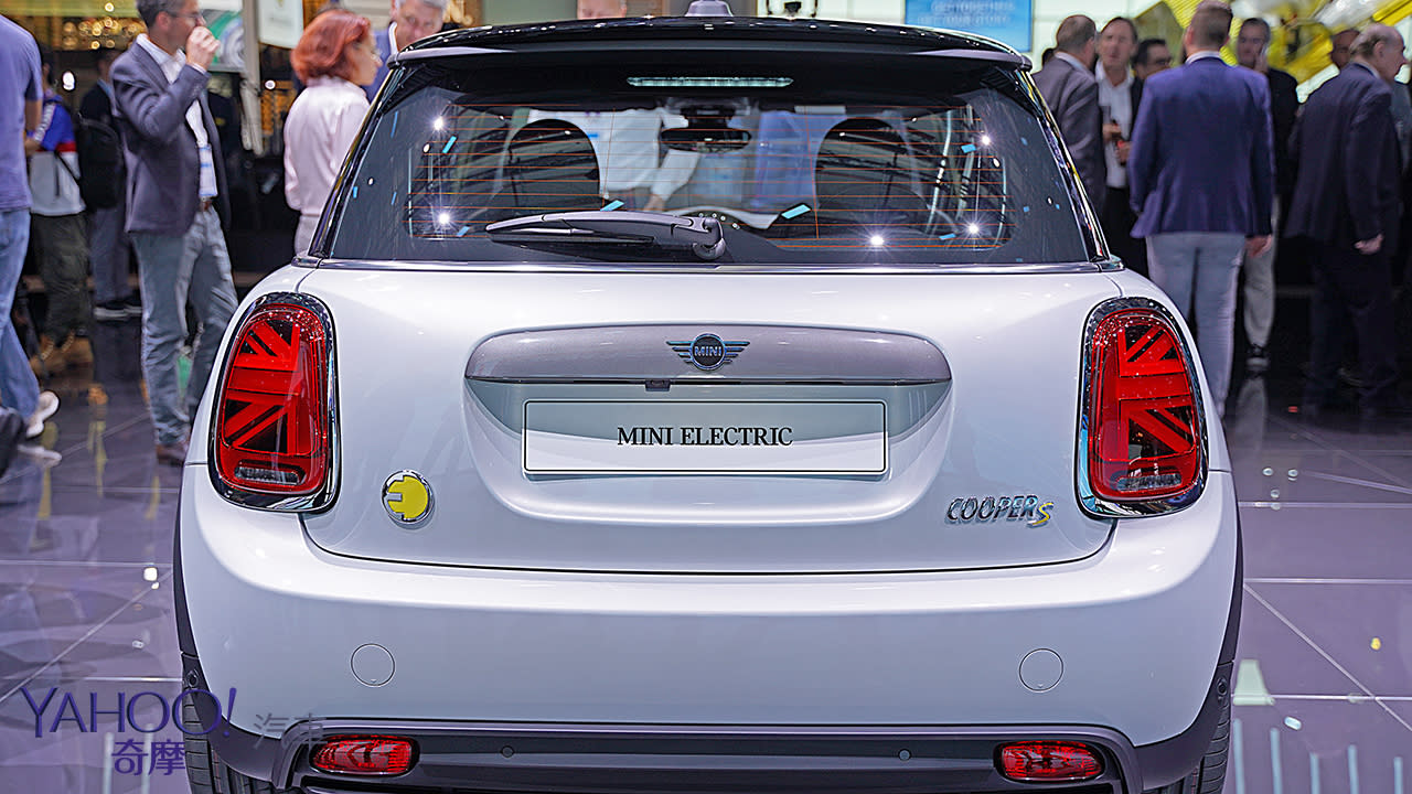 【2019法蘭克福車展】行駛里程達270公里!2020 Mini Cooper SE準備好在歐洲帶電飆速! - 8