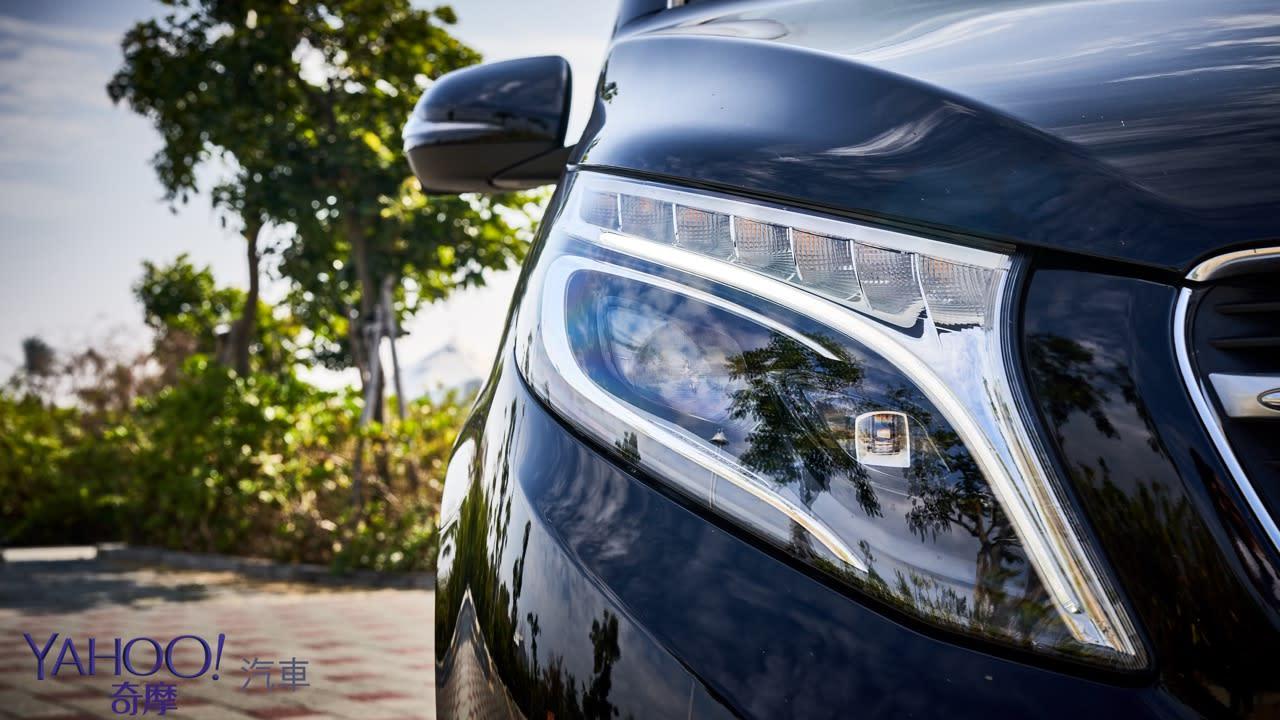 因為更在乎後座的感受!Mercedes-Benz V220D台南台北深度試駕 - 6