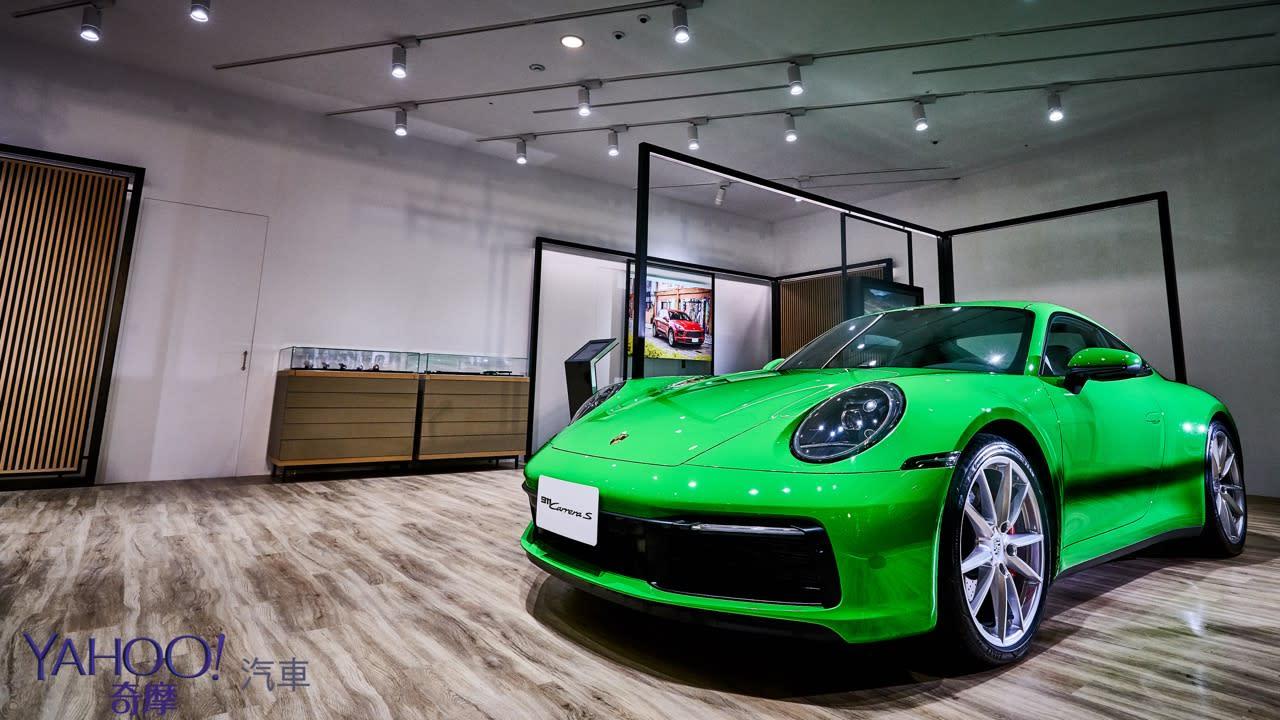 老婆逛街、老公寄放這!全球首座Porsche NOW概念店台北新光三越A9正式開幕! - 10