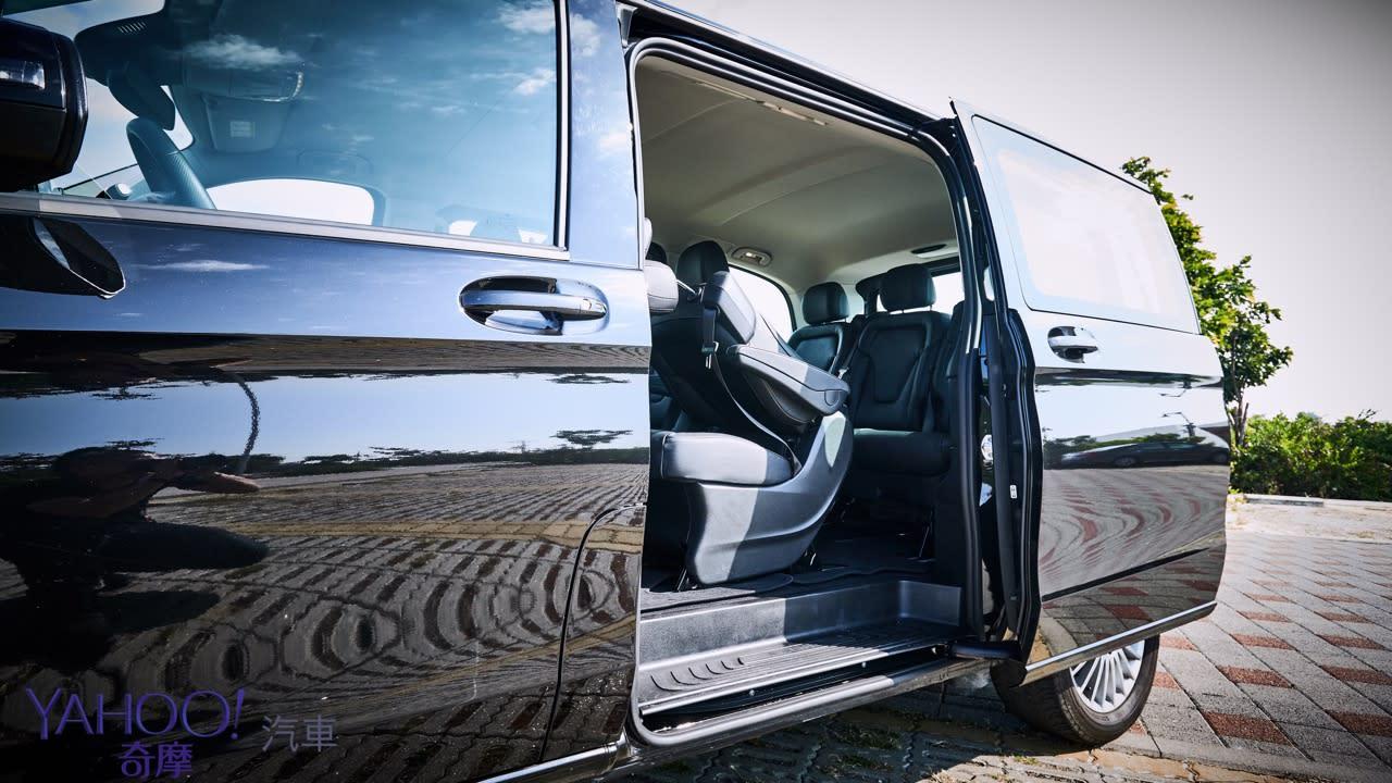 因為更在乎後座的感受!Mercedes-Benz V220D台南台北深度試駕 - 12