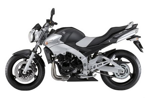 Suzuki_GSR_600
