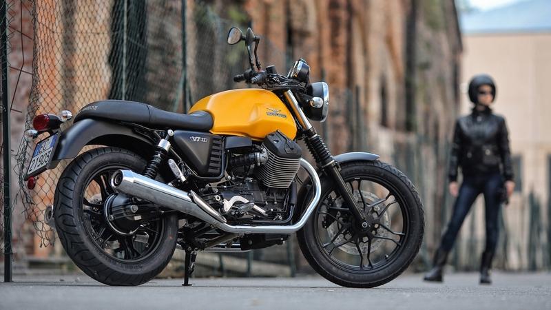 Moto Guzzi_V7  II_Stone