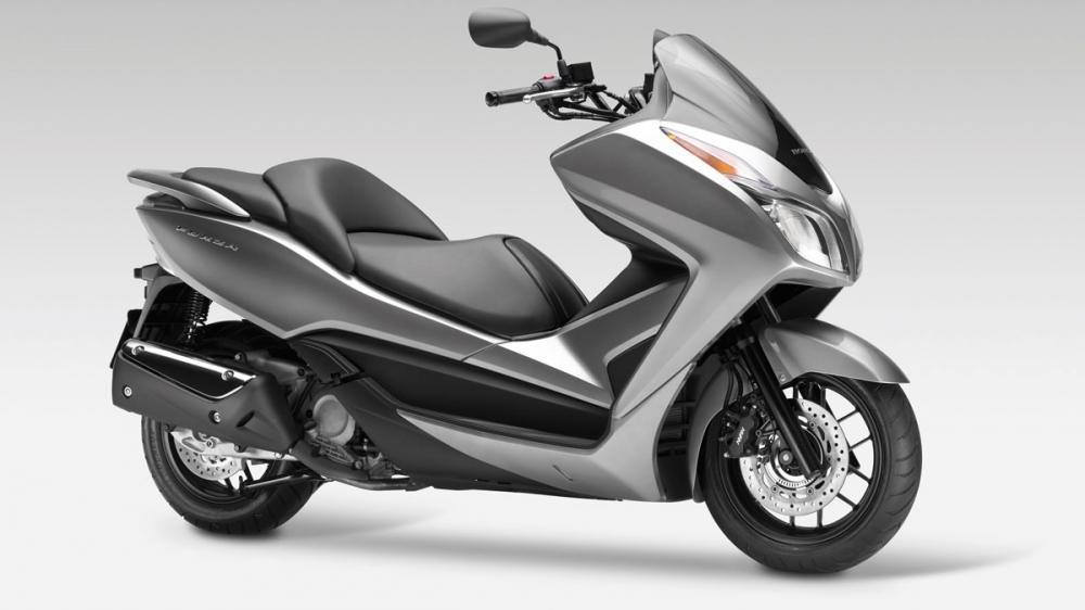 Honda_NSS_300