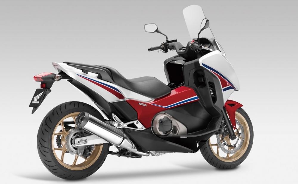 Honda_NC_750D
