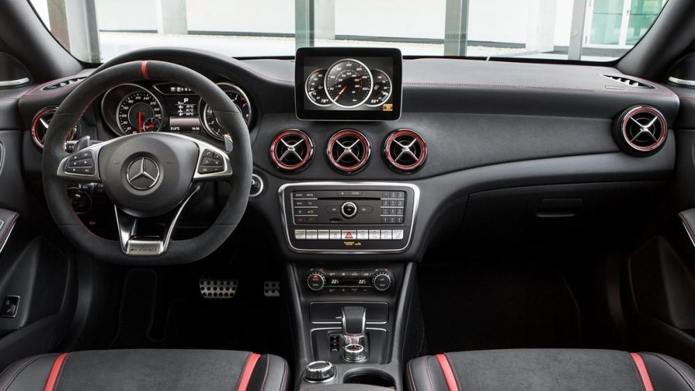 M-Benz_CLA-Class_AMG CLA45 4MATIC