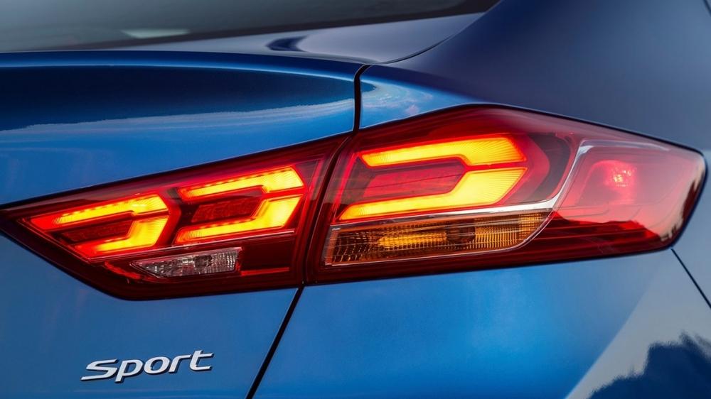 Hyundai_Elantra(NEW)_Sport