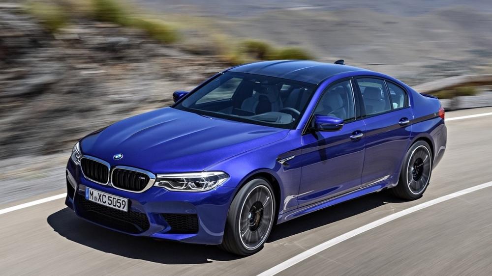 2019 BMW 5-Series Sedan M5