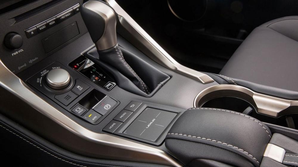 Lexus_NX_200t全景天窗旗艦版