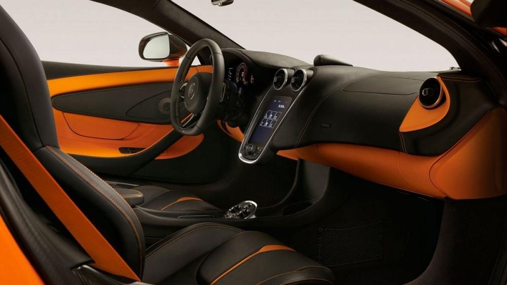 McLaren_540 C_V8