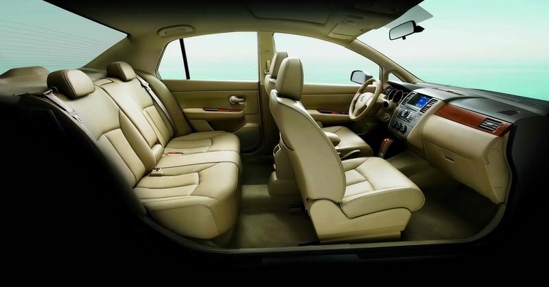 Nissan_Tiida_五門1.8L