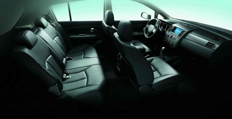 Nissan_Tiida_1.8 4D B