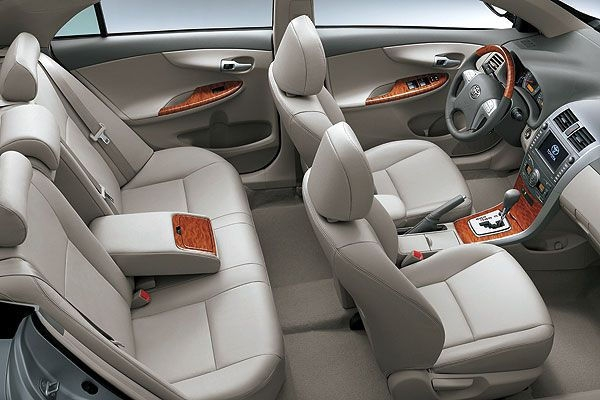 Toyota_Corolla Altis_1.6 J