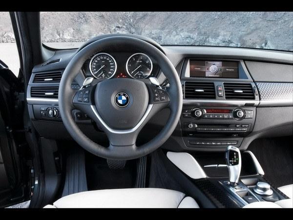 BMW_X6 xDrive_50i