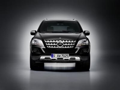 M-Benz_M-Class_ML500