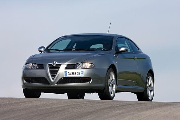 Alfa Romeo_GT_2.0 JTS
