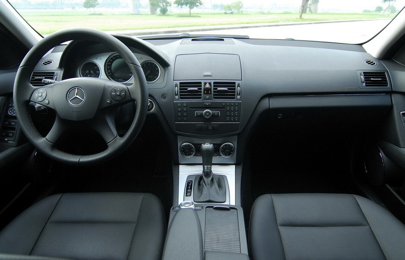 M-Benz_C-Class_C300 T