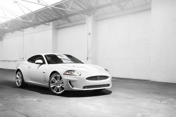 Jaguar_XKR_5.0 V8