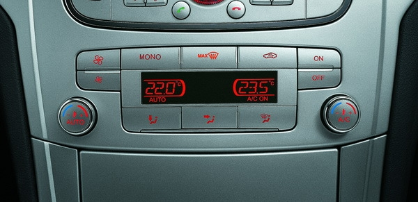 Ford_Mondeo_2.0柴油豪華型
