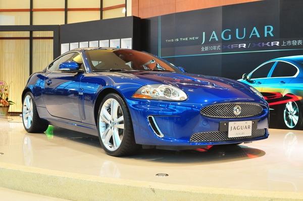 Jaguar_XK_R 5.0 V8