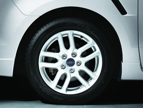 Ford_i-Max_Ghia七人座