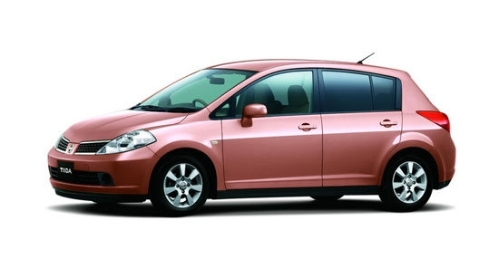 Nissan_Tiida_1.8 5D B