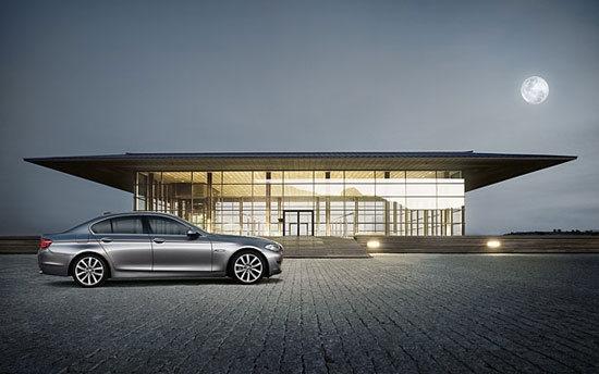BMW_5-Series Sedan_528i