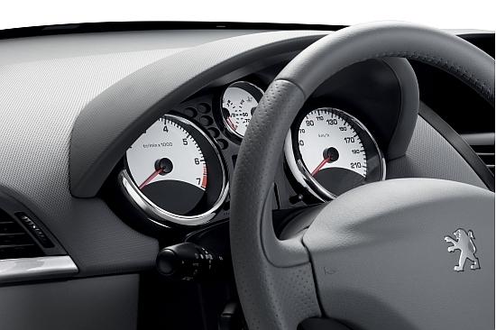 Peugeot_207_1.6全景天窗版