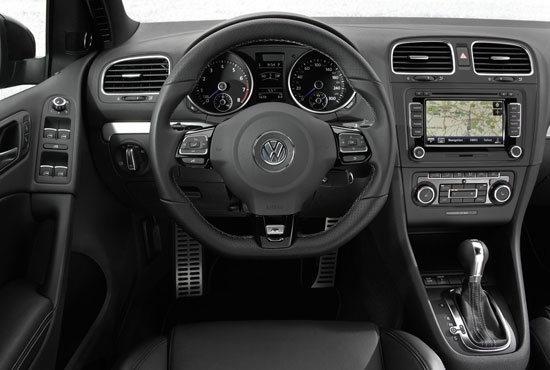 Volkswagen_Golf_R 3D