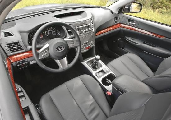 Subaru_Legacy Sedan_2.0i