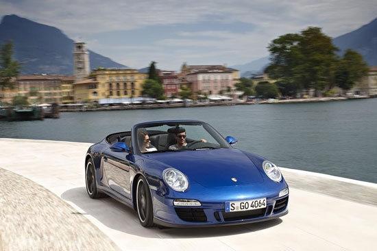 Porsche_911 Carrera GTS_Cabriolet