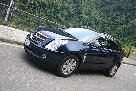 Cadillac_SRX_3.0 Elegance