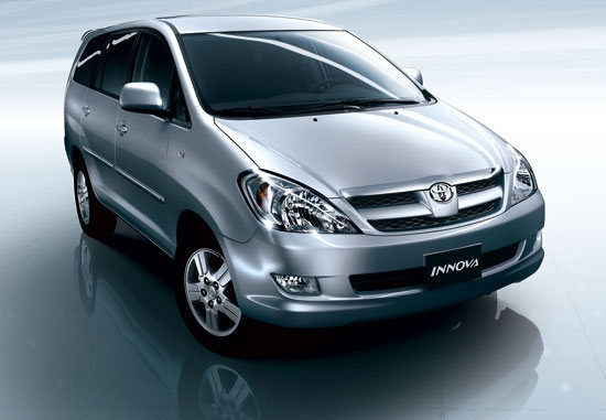 Toyota_Innova_2.0 J手排