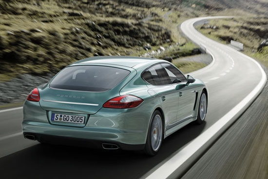Porsche_Panamera_Diesel