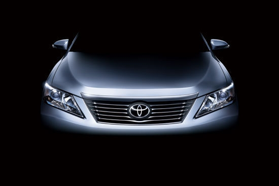 Toyota_Camry_2.5 E