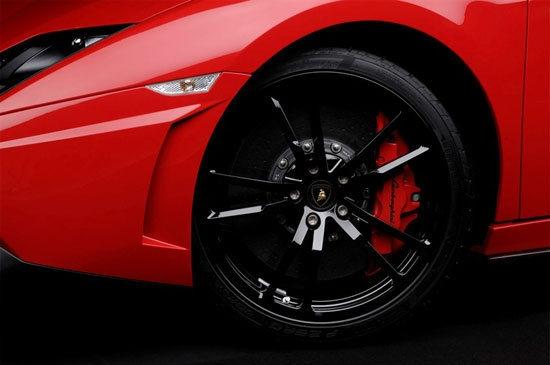 Lamborghini_Gallardo_LP 570-4 Super Trofeo Stradale Coupe
