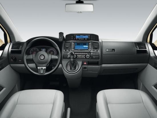 Volkswagen_Caravelle_2.0 TDI榮耀版