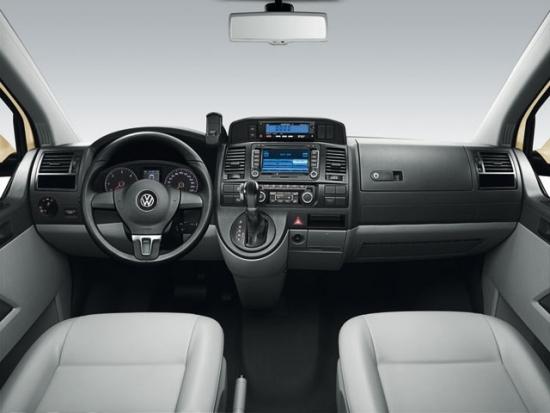Volkswagen_Caravelle_2.0 TSI榮耀版