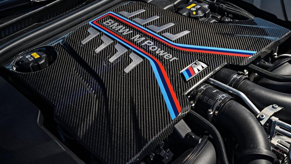 BMW_5-Series Sedan_M5