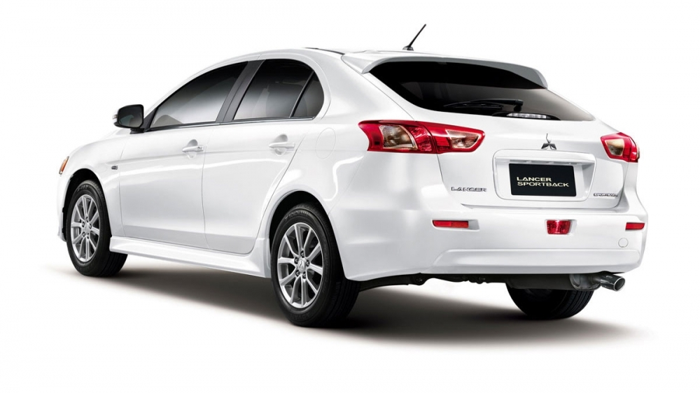 Mitsubishi_Lancer Sportback_1.8炫目版享樂型