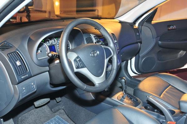 Hyundai_i30_CW 1.6 旗艦型