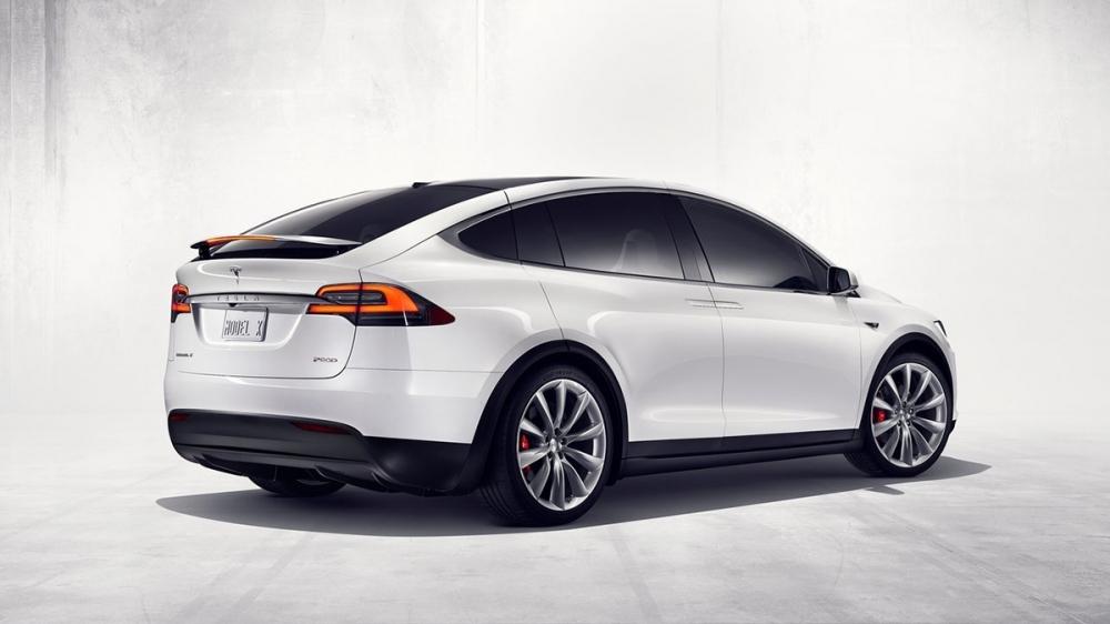 Tesla_Model X_P100D