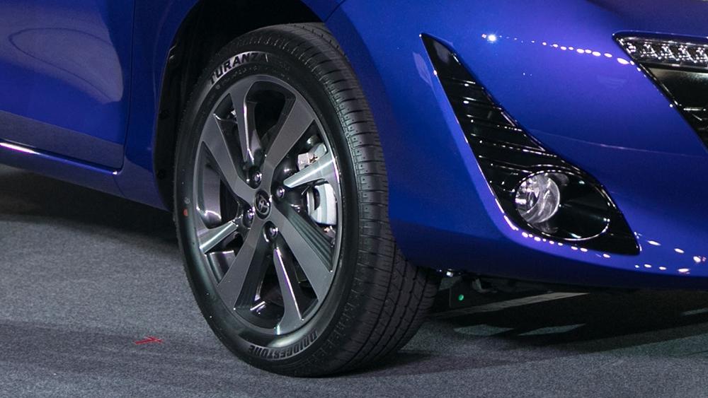 Toyota_Yaris_1.5 S