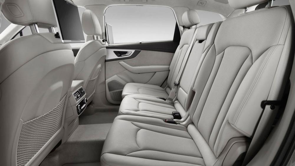 Audi_Q7_40 TFSI quattro Luxury五人座