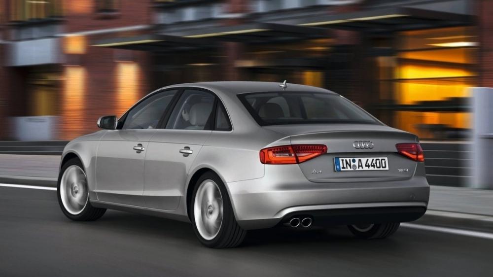 Audi_A4 Sedan_45 TFSI quattro