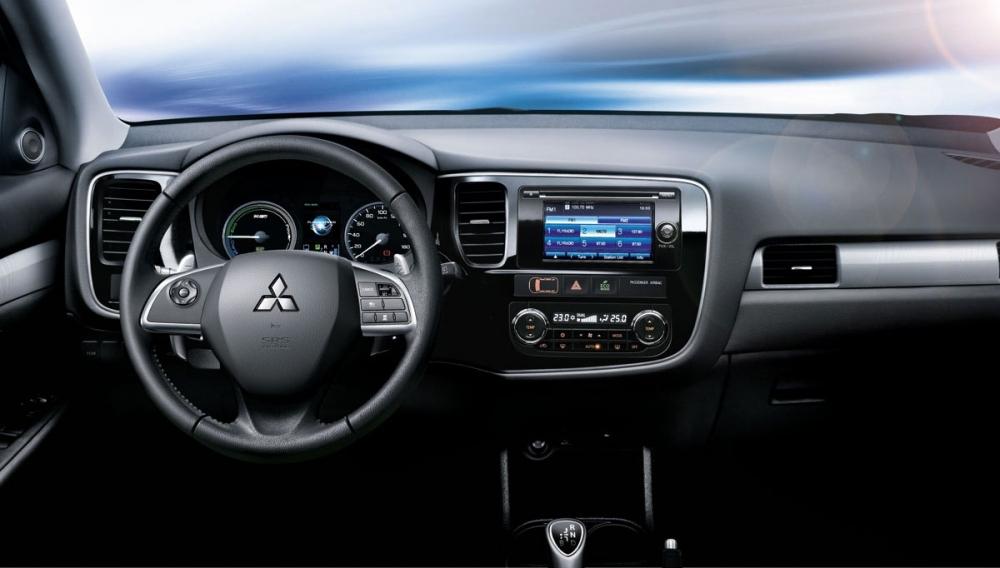 Mitsubishi_Outlander_PHEV