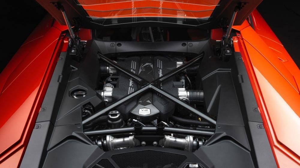 Lamborghini_Aventador_LP 700-4