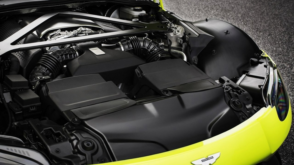 2019 Aston Martin Vantage 4.0 V8