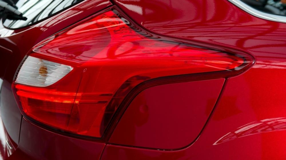 Ford_Focus 5D_2.0柴油頂級運動型